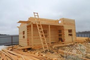 Продолжаем подъем 2 этажа, обрисовывается будущая крыша