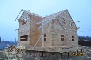 Установка стропил для дома 10х10 из проф бруса, проект ДН-80