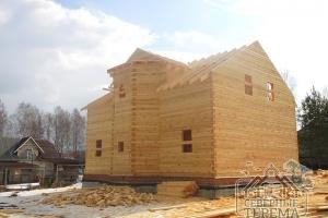 По проекту ДН-82 в доме имеются все необходимые помещения