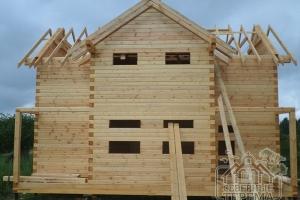 Вид спереди на дом для семейного отдыха