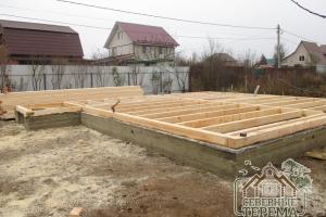 В этот раз строим дом из бруса на ленточный фундамент