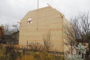 Рекомендуем ставить фронтоны из того же материала, из которого строится дом