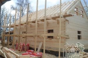 Строительные леса, можно утеплять и крыть крышу металлочерепицей