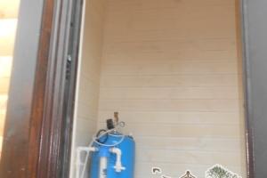 Внутренняя обшивка и компактный водяной насос