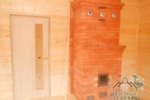 Установили межкомнатную дверь в главном помещении 1 этажа