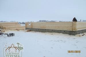 8 рядов брусового дома уже собрано