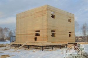 Собранная коробка дома из профилированного бруса 150х200