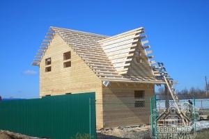 """Дом из бруса 6х8 с """"кукушкой"""", террасой и ломаной крышей, сборка"""
