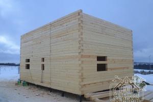 Стройка второго этажа дома из бруса 9х9 метров