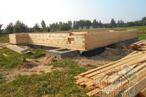 Продолжается строительство дома из профилированного бруса