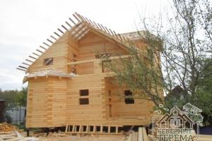Деревянный дом из профилированного бруса по проекту ДБ-21