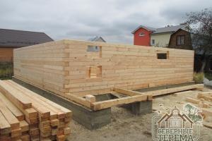 13 рядов дома собрано на ленточный монолитный фундамент