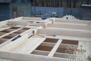 Монтаж перегородок 2 этажа дома из профилированного бруса