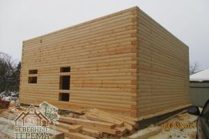 27 рядов дома из полукруглого бруса 150х200 собрано