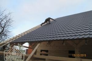 Остался последний метр крыши, корректируем