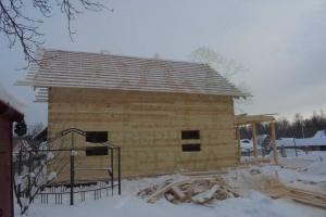 Обрешётка на деревянном доме