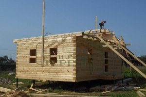 Дом с рубленными фронтонами