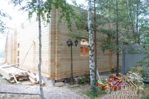 Данный проект имеет 4-скатную крышу
