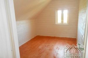 Покрашенный пол 1 помещения 2 этажа дома из бруса