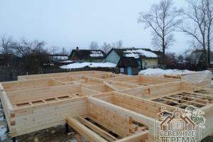 7 рядов дома из бруса собрано