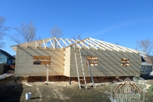Возведение крыши, стропильная система